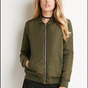 Forever 21 M olive sherpa-lined bomber jacket